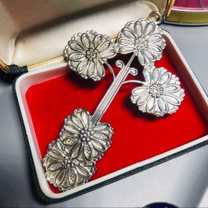Large Vintage Silver Tone Blooming Cross Medallion